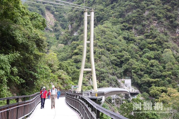 山月吊橋-02.jpg